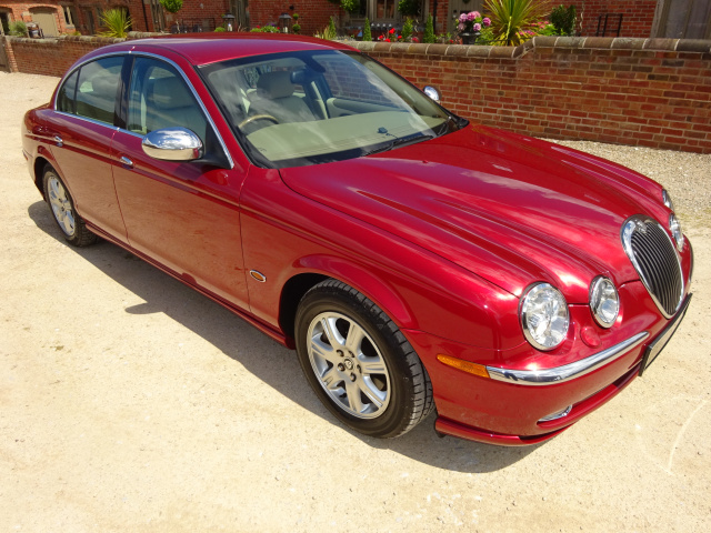 SOLD   -   SOLD   -   SOLD   -   JAGUAR S-TYPE 3.0 V6 AUTO  2003 - COVERED 14K MILES / 23K KLM FROM