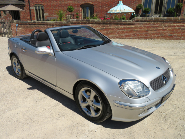 ARRIVING MAY 2020 - MERCEDES BENZ SLK 320 3200CC AUTO  - 2001 - COVERED 9K MILES / 14K KLM FROM NEW