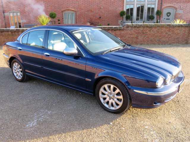 JAGUAR X TYPE 2.5 2002 - COVERED 12K MILES / 20K KLM WITH 1 OVERSEAS OWNER FROM NEW (JAPAN) - FINISH