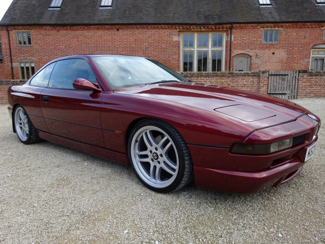 BMW 850 CI V12 AUTO 1993 - RARE CAR -  FINISHED IN CALYPSO RED WITH M TECH SPORTS BODY KIT /  FACTOR