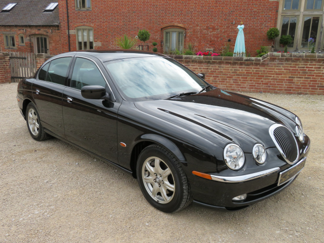 AVAILABLE SOON  - JAGUAR S TYPE 3.0LTR V6 2001 - COVERED 12K MILES / 20K KLM FROM NEW WITH 1 OVERSEA
