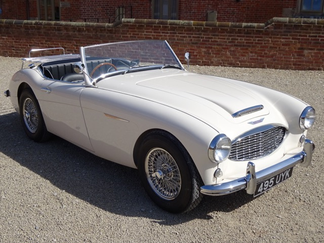 AUSTIN HEALEY 100/6 BN4 2+2 WITH OVERDRIVE 1957 - RESTORED TO THE HIGHEST STANDARDS BY A PREVIOUS OW