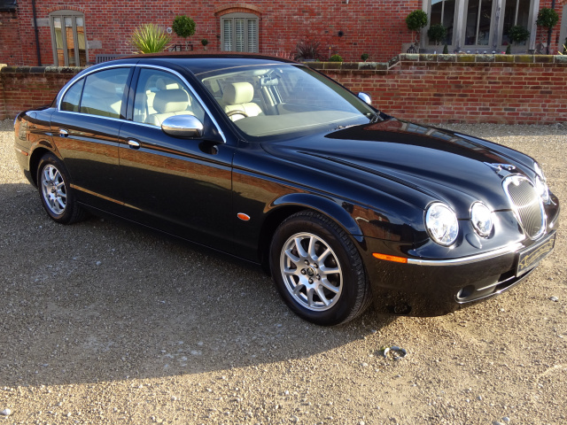 SOLD  -   SOLD   -   SOLD   -   JAGUAR S TYPE 2.5 V6 AUTO 2005 - COVERED ONLY 17K MILES / 28K KLM FR