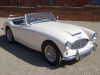 AUSTIN HEALEY 100/6 BN4 2+2 WITH OVERDRIVE 1957 - RESTORED TO THE HIGHEST STANDARDS BY A PREVIOUS OWNER- COVERED 895 MILES SINCE   - FINISHED IN IVORY WHITE WITH BLACK HIDE INTERIOR PIPED IN WHITE - AN EXCELLENT EXAMPLE OF THIS FAST APPRECIATING BRITISH CLASSIC